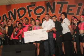 Hoërskool Jan Viljoen wen die Cheerleading en Pom Pom kompetisie vir 'n vierde jaar agter-een-volgend by die Randfontein Skou.