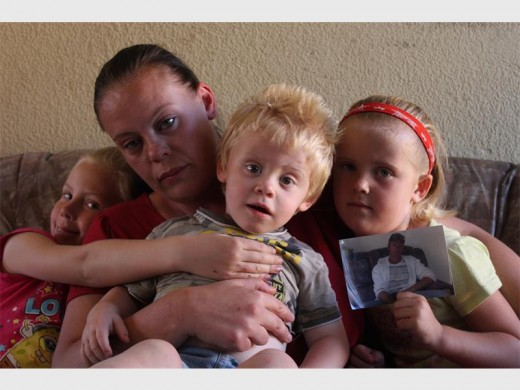 His family that he left behind - Cheryl Boshoff, Chanel Joubert, Jayden Boshoff and Chaney Boshoff.