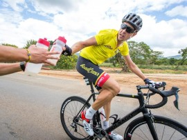 Bradley Potgieter, seen here in yellow during the recent Mpumalanga Cycle Tour, will lead a young but exciting team in this weekend's Rudy Project Berge en Dale cycling classic. Photo: Liam Philley