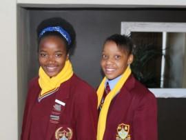 Mathapelo Magmpa (o.16) en Mpho Ndogeni (o.17) het die Gauteng-netbalspan gehaal. Foto: Ingestuur.