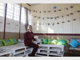 Diaandri Schoonraad in Jannas se opgeknapte religiekamer. Foto ingestuur.