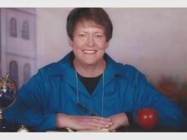 Annatjie Mostert, wat al 12 jaar deel is van Hoërskool Riebeeckrand