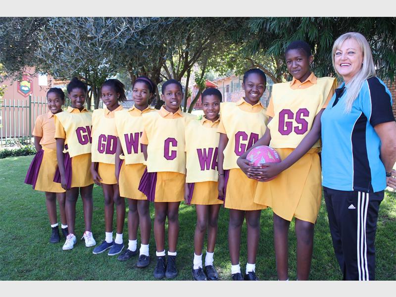 U/11A girls walk away with netball title   Kempton Express