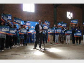 DA Mayoral Candidate for Ekurhuleni, Ghaleb Cachalia (centre), launched the DA's election manifesto in Wadeville, last Thursday. For more photos and videos visit www.germistoncitynews.co.za.