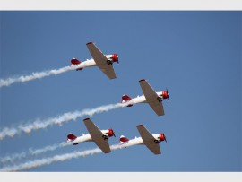 The world-renowned Flying Lions Formation Aerobatic Team took to the sky at the 15th annual Rand Airshow, at Rand Airport, last Sunday. The team wowed crowds with their tight formations and mind-blowing stunts.