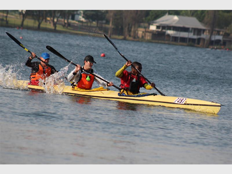 Paddlers take to the water | Germiston City News