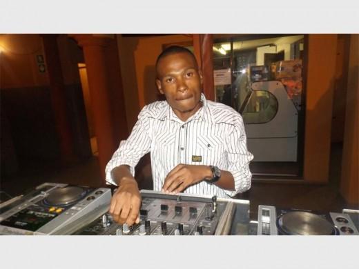 Kennedy Jabulane 'DJ Bujar' Moloi gets the crowd on their feet.