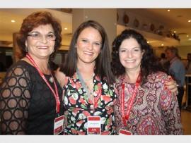 Ladies… Ann Pretorius, Jackie Mynhardt and Tanya Harvey.