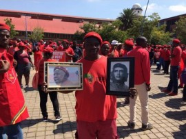 Walter Kwasi from Hillbrow marches to the Concourt.