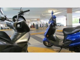 Alert...Motorcyclists beware! Sandton City won't let you skip the booms without a ticket.