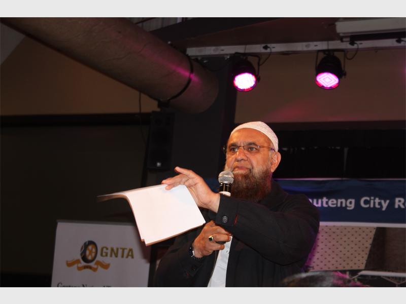 Vadi encourages more women to enter taxi industry