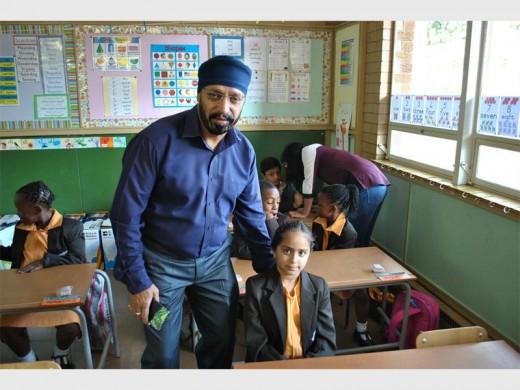 Shailender Nanra with his daughter Shabadaeep.