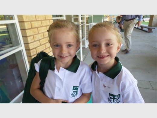 Twins Kalina and Anja Oelofse had double the reason to celebrate when they not only started their first day in Grade R at Brescia House School, but on the same day they also celebrated their birthdays.