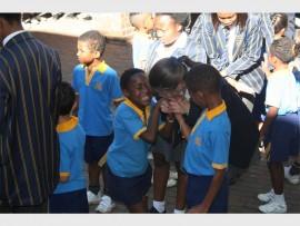 Deputy president Cassidy Wood talks to Grade 1 pupils.