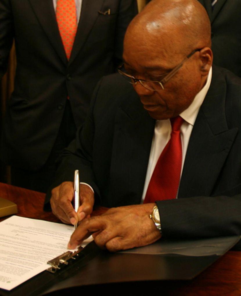 Jacob-Zuma-signing
