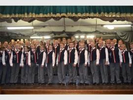 VIVACE KOOR-KOMPETISIE: Laerskool Randhart se Randrefrein senior koor het die senior afdeling gewen met 'n A++.