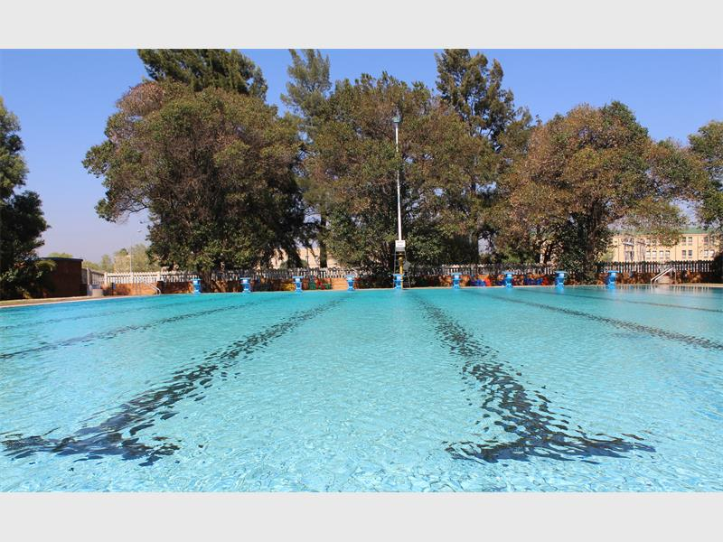 Wally Bosworth Swimming Pool Open For Business Alberton