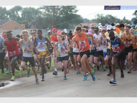 AWAY THEY GO: The start of last year's Alberton road race, a scene which will be repeated at 06:00 on November 29 at the Alberton Sport Stadium.