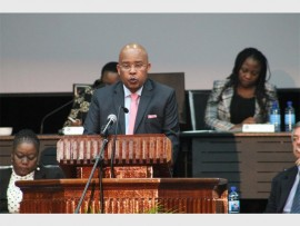 EKURHULENI BUDGET SPEECH: Clr Moses Makwakwa delivers his budget speech at the Alberton Council Chambers on Thursday, April 28.