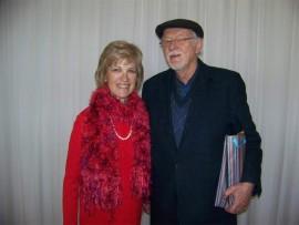 TE MOOI: Trix van Wyk saam met Louis van Niekerk tydens die ADK se maandelikse vergadering.
