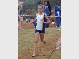 KAMPIOEN: Die Laerskool Randhart se Bernedette Wilson, die nuwe Suid-Afrikaanse o.13 landloop kampioen.