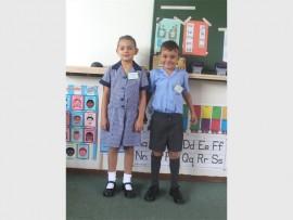REG VIR SKOOL: Isla Swanepoel en Heinrich Serfontein op hul eerste dag.