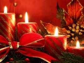 christmas-candles-Medium