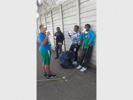 LITTLE CHAMPIONS: Shaun Glade, Delano Witbooi, Dean Mbhele and Orebotse Masango made sure their school surroundings were clean.