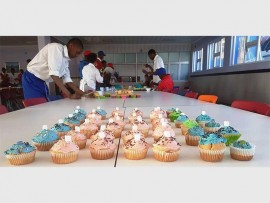 CUPCAKES FOR A CAUSE:  Horizon High School learners decorating cupcakes for their Kids with Cancer initiative.
