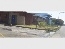 LEAK: Johannesburg Water said it leant that the leak outside its Southdale premises is ground water.