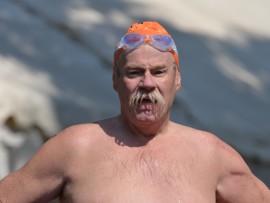 Dis-Chem open water swim action.