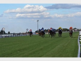 GREAT RACING: The R1-million Peermont Emperors Palace Charity Mile will take place on Saturday, November 5. Photo: Annette van Schalkwyk