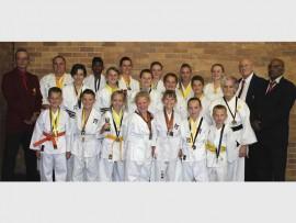 GATSKOPPERS: Shin-Gi-Tai Karatekas wat presteer het en 43 medaljes ingepalm het.
