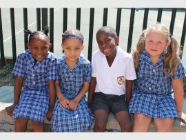 MAKING FRIENDS in Glenanda: Mbali Radebe, Shay Voeght, Udonna Ogbonna and Charleigh Stander.