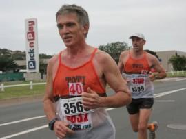 Shaun Finn and Chris Stange push each other hard during the Bluff Vets Marathon and Half-Marathon on Sunday, 13 November.