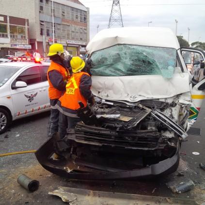 South Coast Rd crash driver cut free from car | Southlands Sun
