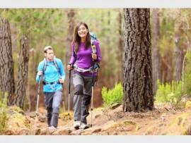 hikingcouple_40520