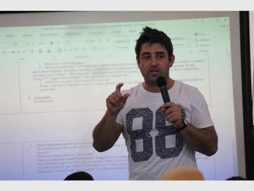 David Da Silva of Change the World SA explains what coding is.