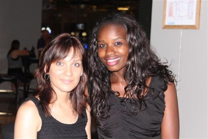 Me. Melissa Swart en Me. Naomi Shapumba.