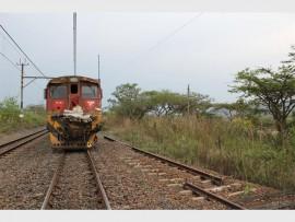 Die trein het sowat 'n kilometer verder tot stilstand gekom.