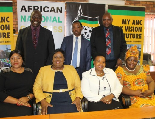 Cllrs Jesta Sidell, Lindiwe Ntshalintshali, Ms Linah Malatjie, Cllr Flora Maboa Boltman,  (back) Cllr Mike Masina, Mr Muzi Chirwa and Cllr Sibusiso Mathonsi.