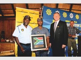 Maj Gen Thulani Paahla, Const Tebatso Thokwane and Mr Ron Knott-Craig.