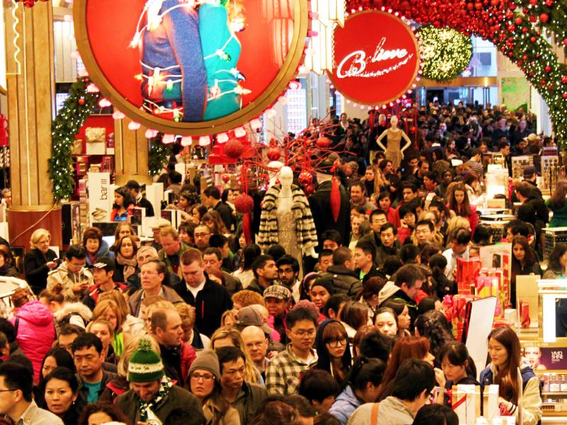 Image result for pics of christmas shopping crowds.