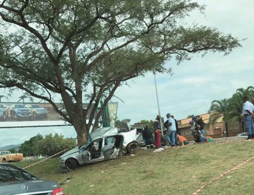 Passanger In Bmw Dies After Collision On The R40 Lowvelder