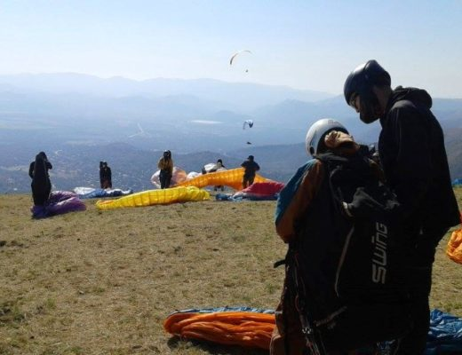 Paraglider fighting for his life after being burned | Lowvelder