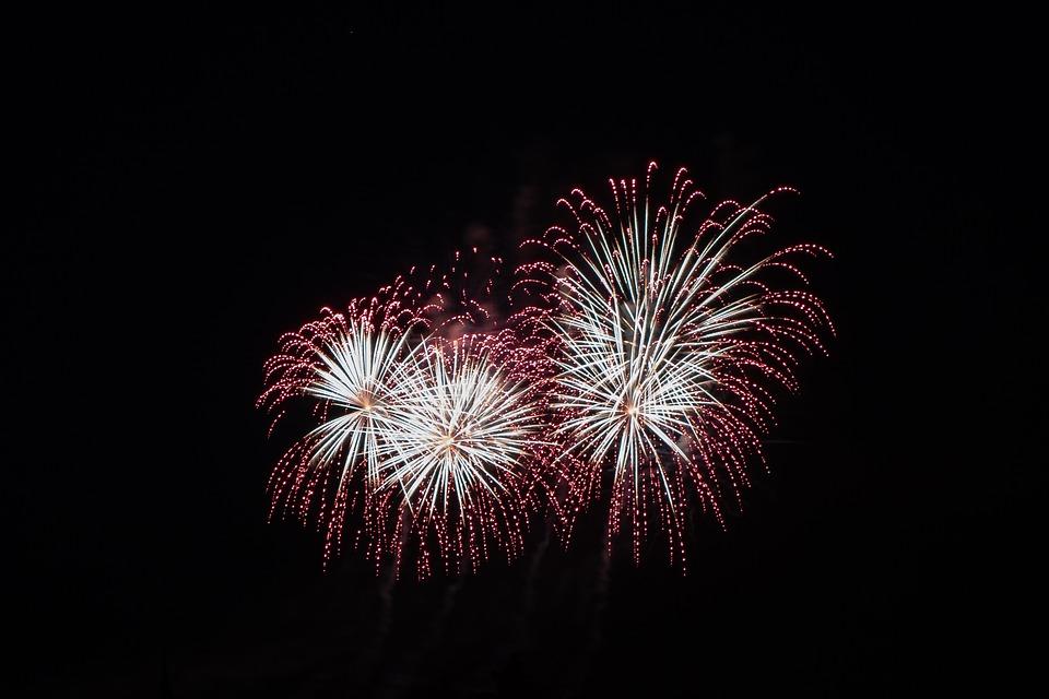 fireworks 3575410 960 720.