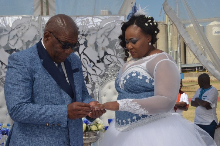 Kelana purba wedding dresses