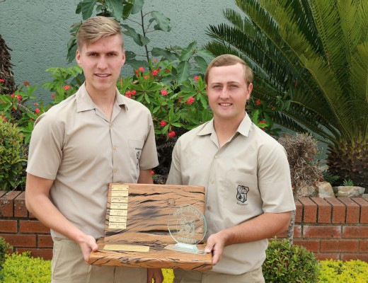 Ruben de Lange (onderkaptein)en Bernard Voster(kaptein) eerste krieketspan