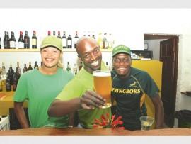 Kiekie Selekedi, Penuel Motha en Terrence Ngwenya van Da Loose Mongoose.