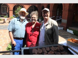 Alan Magic, Bartle House manager Heather Swanby and Andre Pretorius.